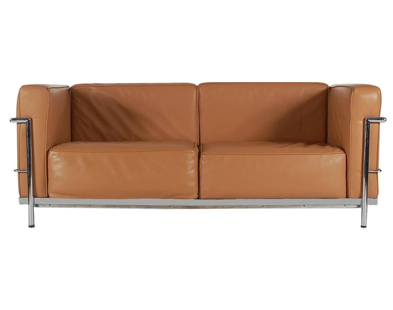 Mid-Century Modern Pair of Tan Leather Sofas in the Style LC2 Corbusier Cassina  2
