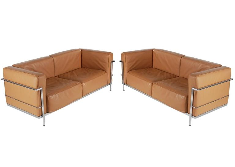 Mid-Century Modern Pair of Tan Leather Sofas in the Style LC2 Corbusier Cassina  3