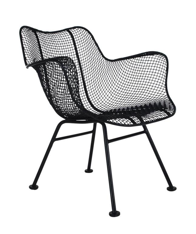 Mid-20th Century Mid-Century Modern Pair of Sculptural Patio Wire Lounge Chairs, Russell Woodard For Sale