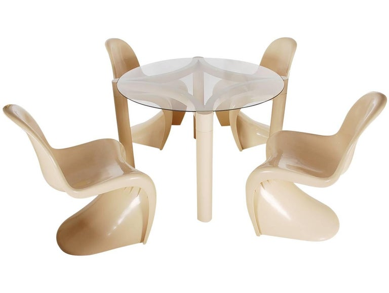 Mid-Century Modern Verner Panton Cream Dining Set or Card Table by Herman Miller In Excellent Condition For Sale In Philadelphia, PA