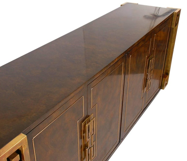 Mastercraft Hollywood Regency Chinoiserie Brass & Burled Elm Credenza or Dresser 7