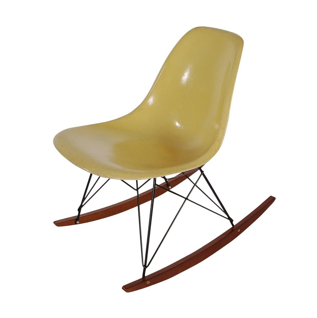 Mid Century Modern Rocking Chair By Charles Eames For Herman Miller In  Yellow