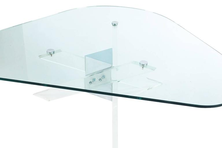 American Mid-Century Modern Lucite, Chrome and Glass Cocktail Table after Pace For Sale