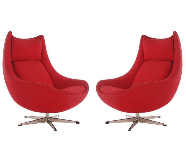 mid century danish modern egg lounge chairs by h w klein for bramin at 1stdibs. Black Bedroom Furniture Sets. Home Design Ideas