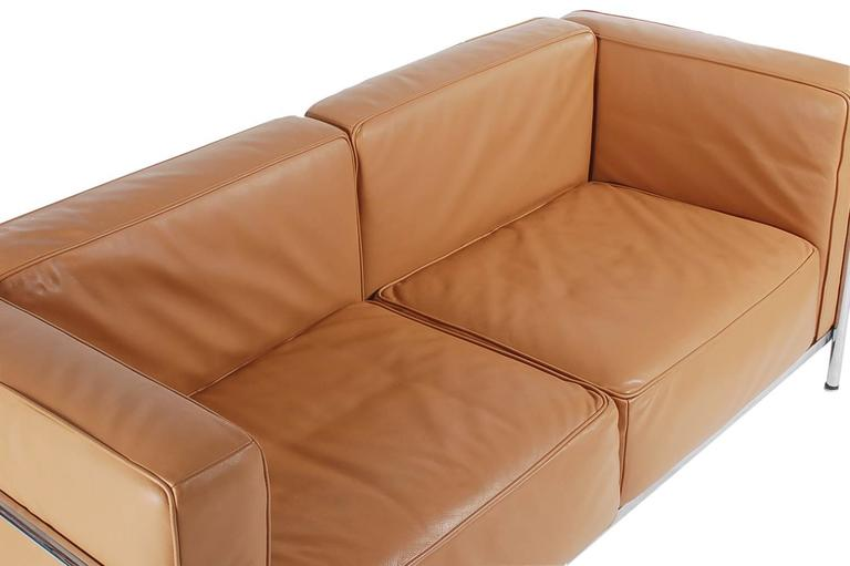 Mid-Century Modern Pair of Tan Leather Sofas in the Style LC2 Corbusier Cassina  6
