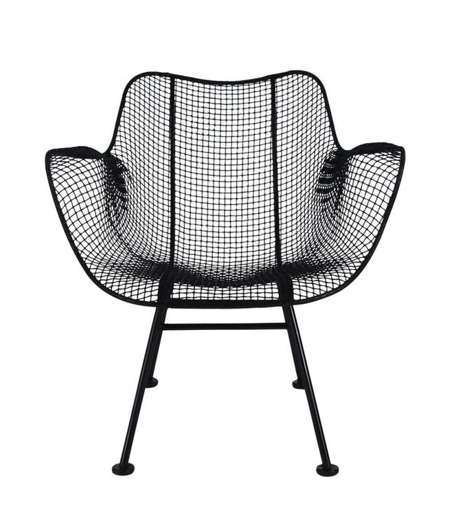 A beautiful matching set of sculpture wire lounge chairs designed by Russell Woodard in the 1950s. Suited for outdoor patio or inside use. The feature galvanized steel construction which is sculpted in an ergonomic form.