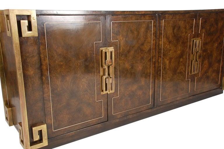American Mastercraft Hollywood Regency Chinoiserie Brass & Burled Elm Credenza or Dresser For Sale