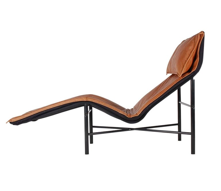 Midcentury danish modern brown leather chaise lounge chair for Brown chaise longue