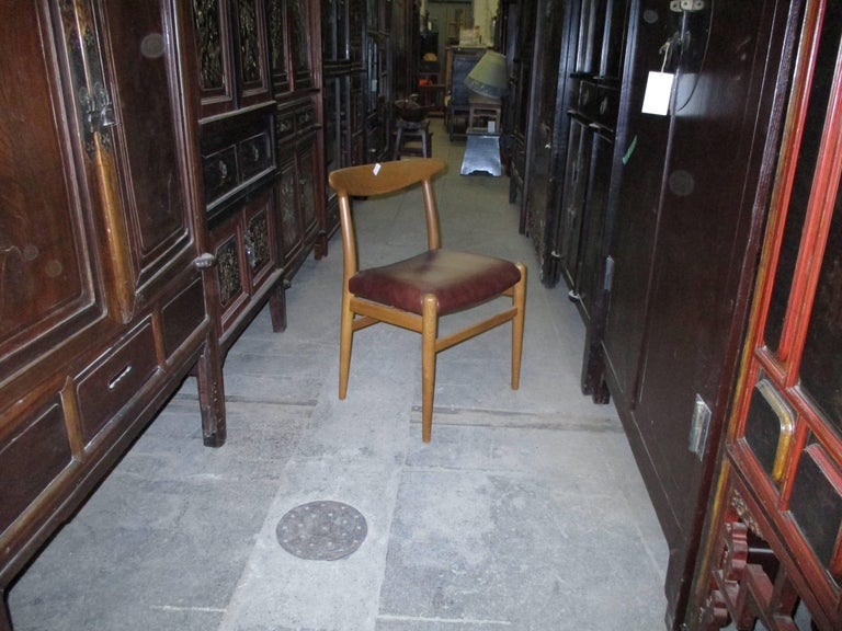 Mid-Century Modern Hans J. Wegner Four-Legged Heart Chair in White Oak and Leather, Model W2 For Sale