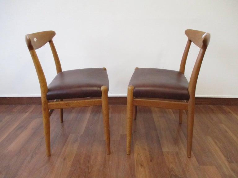 Danish Hans J. Wegner Four-Legged Heart Chair in White Oak and Leather, Model W2 For Sale