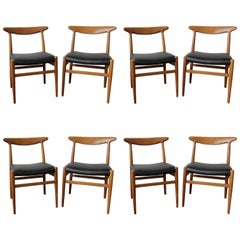 Teak Chair by Hans Wegner in Black Leather, Model W2