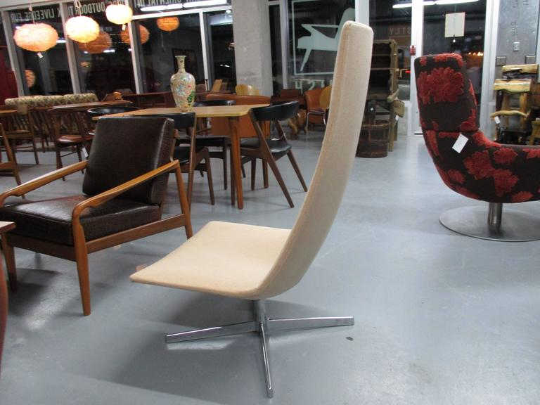 Catifa 60 Chair by Lievore, Altherr and Molina In Excellent Condition For Sale In Ogdensburg, NY