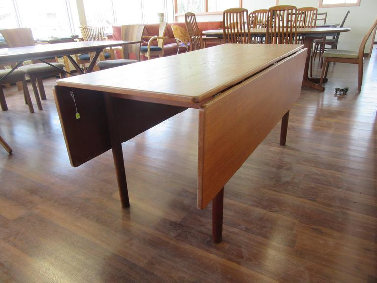 Attirant Drop Leaf Harvest Table In Oak By Børge Mogensen From The 1960s. Extensions  Make