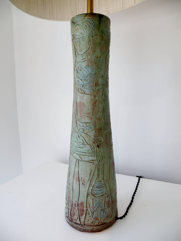 Ceramic 1950s Midcentury Studio Art Pottery Table Lamp Sgraffito Figural Decoration For Sale