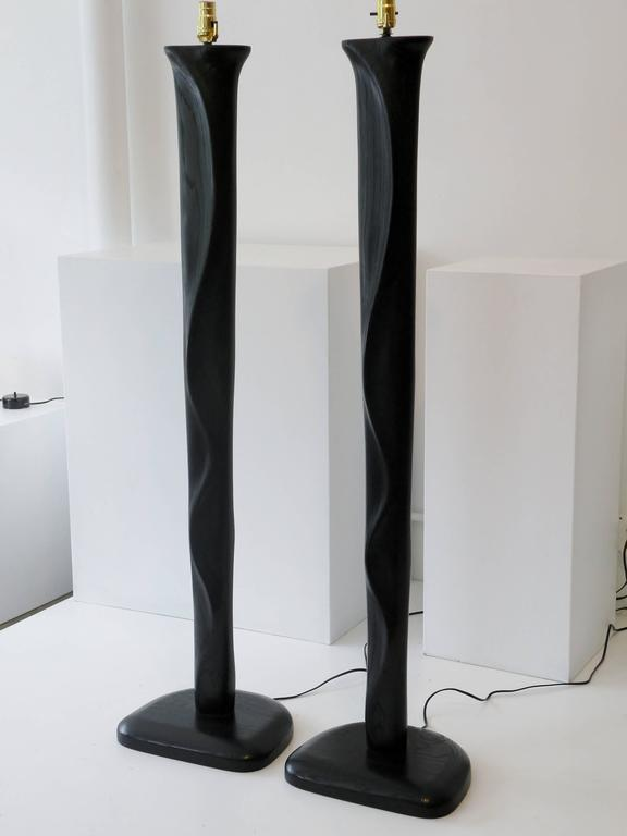 Pair of Sculpted Midcentury Organic Modern Ebonized Oak Floor Lamps In Good Condition For Sale In Denver, CO