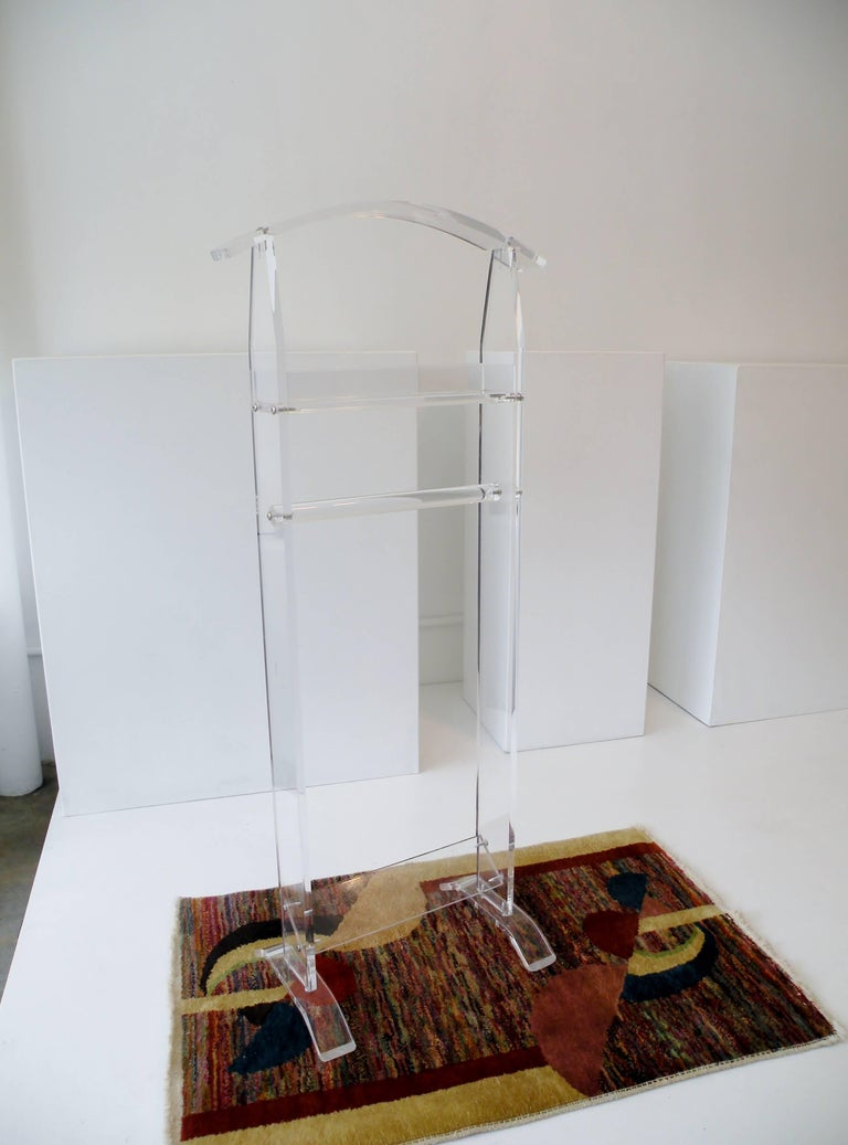 Modern 1970s Acrylic Lucite Valet Stand 6