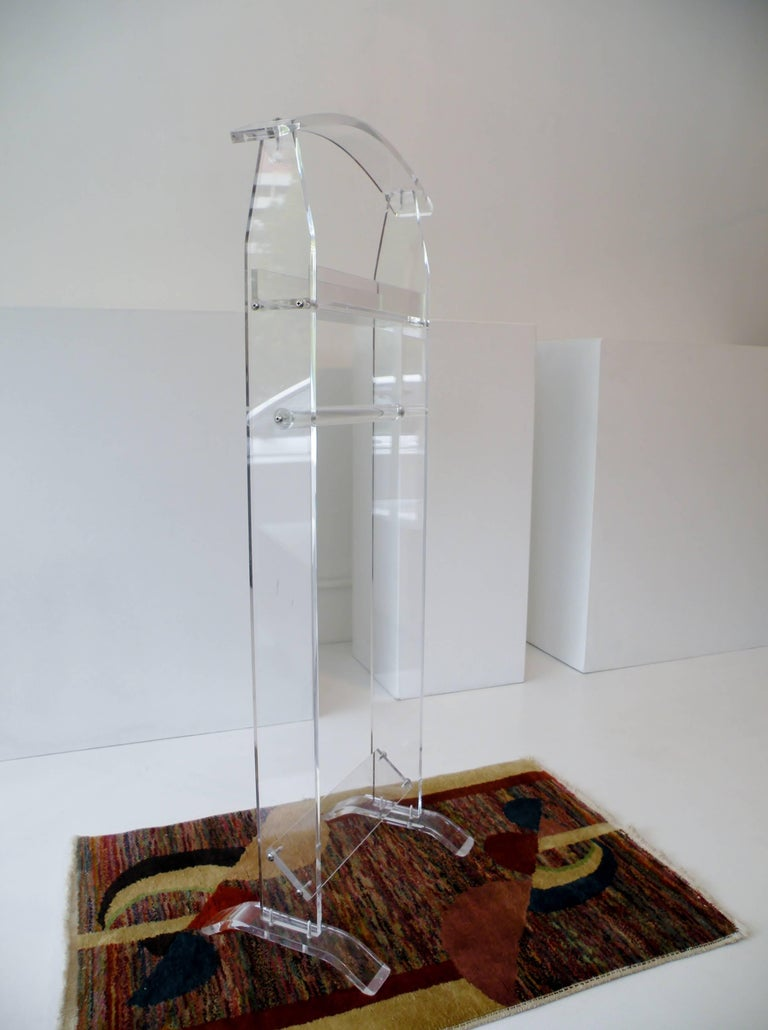 Modern 1970s Acrylic Lucite Valet Stand 8