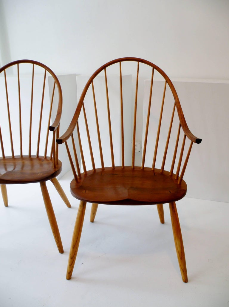 Pair of Thomas Moser Continuous Arm Windsor Dining Chairs 2