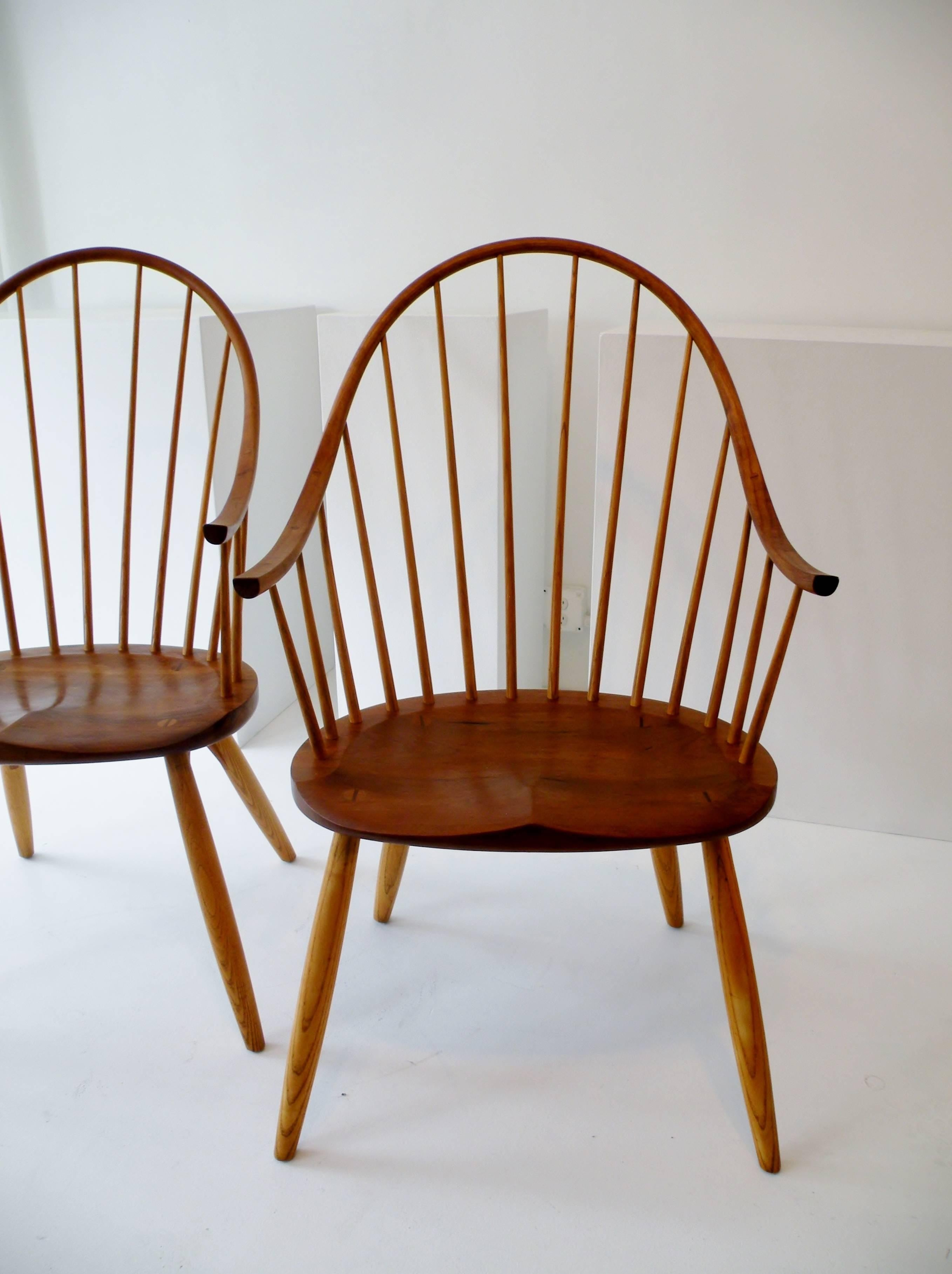 Delicieux Pair Of U0026quot;Continuous Armu0026quot; Windsor Style Dining Chairs From The  Renowned American Workshops