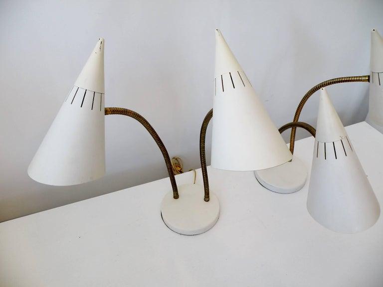 Lightolier Gerald Thurston Double Cone Gooseneck Table Desk Lamps In Good Condition For Sale In Denver, CO