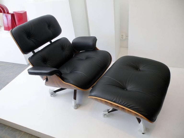 Charles & Ray Eames Herman Miller 670 671 Lounge Chair and Ottoman 2