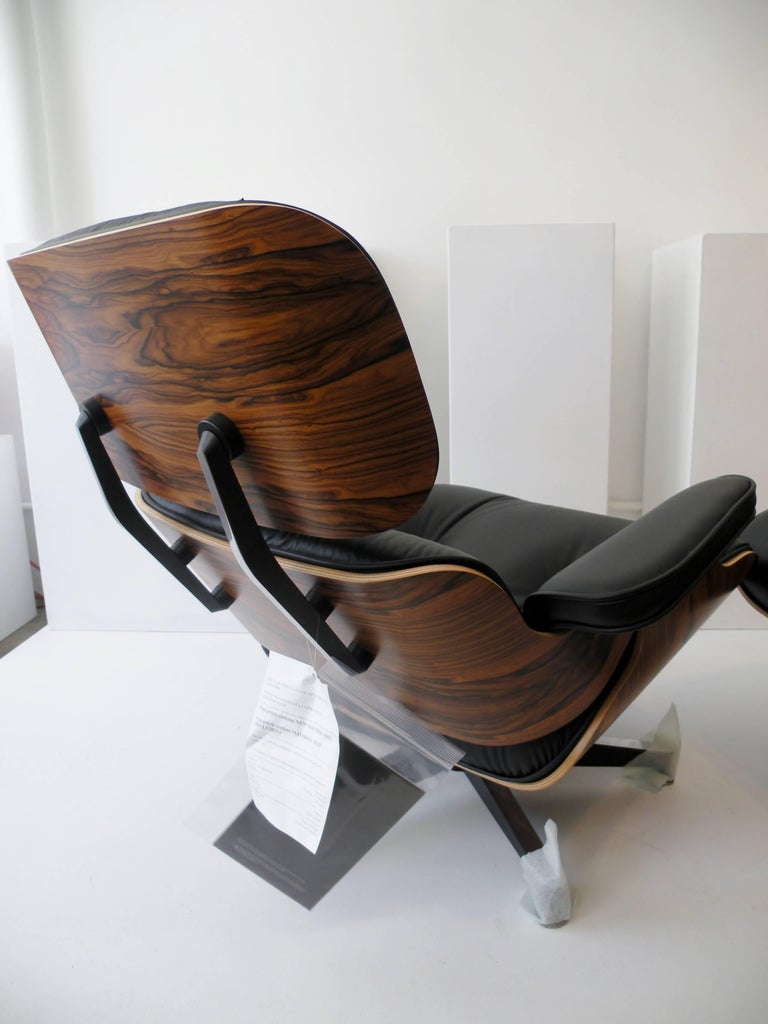 Charles & Ray Eames Herman Miller 670 671 Lounge Chair and Ottoman 3