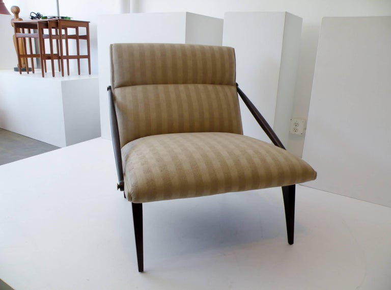 Modern 1950s Gio Ponti Style Cantilevered Lounge Chair Made by Singer & Sons For Sale