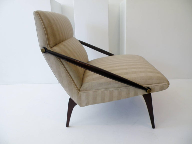 1950s Gio Ponti Style Cantilevered Lounge Chair Made by Singer & Sons In Good Condition For Sale In Denver, CO