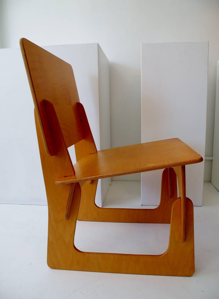 Post War Knockdown Furniture Co Plywood Lounge Chair In Good Condition For Sale In Denver, CO
