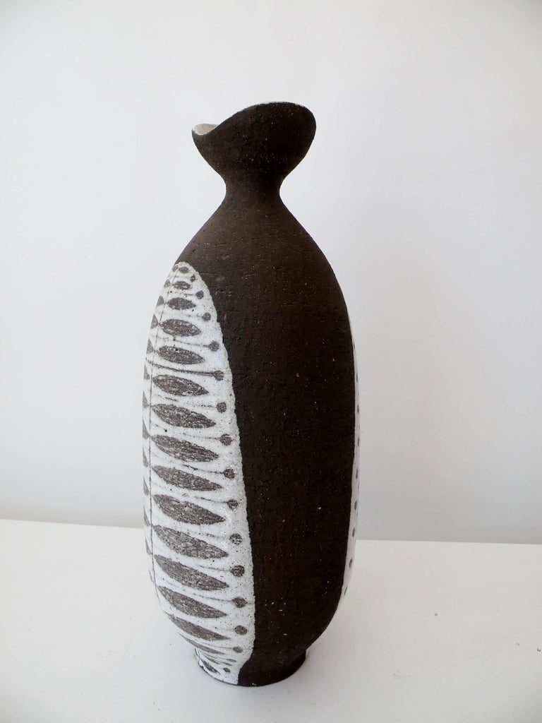Scandinavian Modern 1950s Thomas Toft Denmark Studio Pottery Vase For Sale