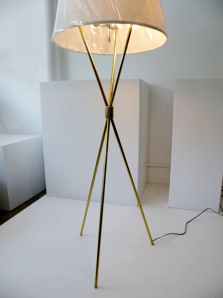 American T.H. Robsjohn-Gibbings Paul Hansen NY Brass Tripod Floor Lamp For Sale