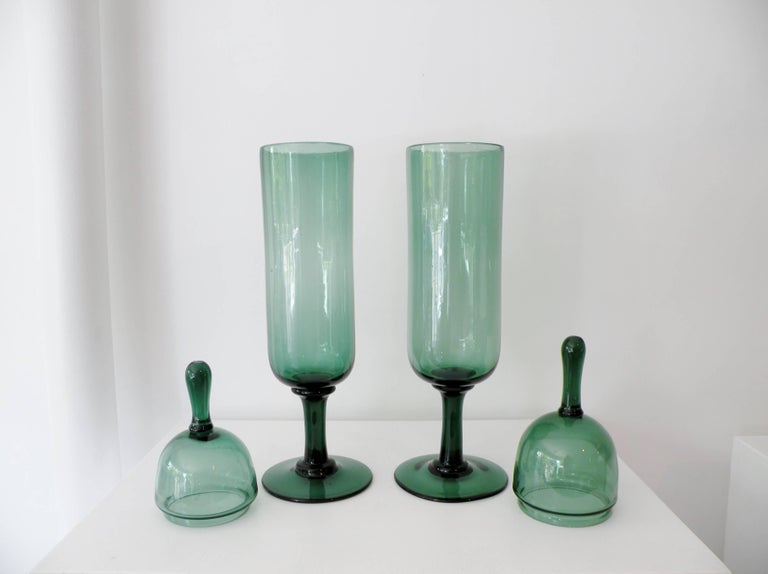 20th Century Pair of Architectural Italian Empoli Verde Art Glass Apothecary Jars For Sale