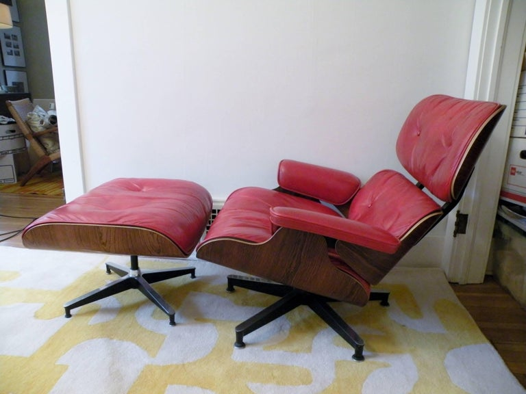 Mid-20th Century 1960s Charles & Ray Eames Custom Red 670 671 Lounge Chair Ottoman Herman Miller For Sale