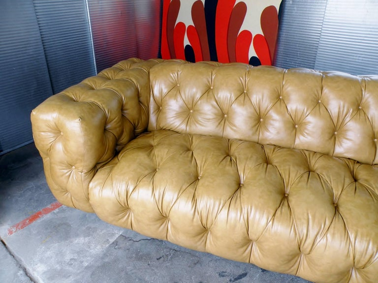 Milo Baughman Thayer Coggin Button Tufted Tuxedo Chesterfield Sofa In Good Condition For Sale In Denver, CO