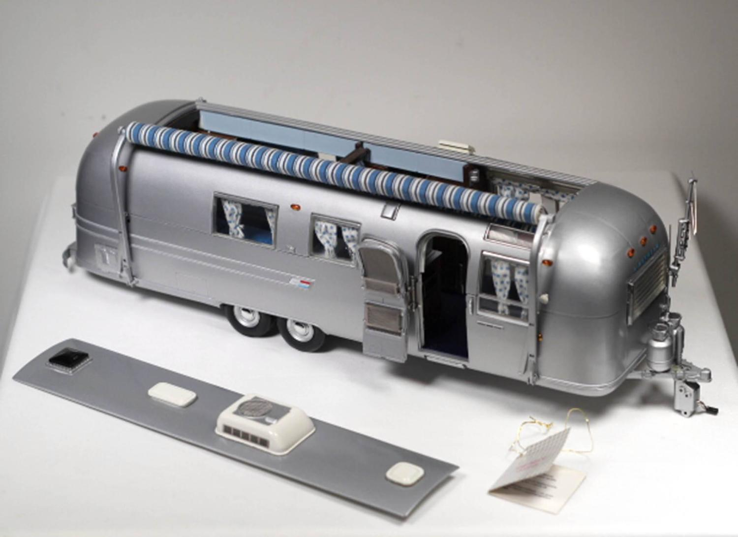 Die Cast Airstream Trailer Model For Sale At 1stdibs