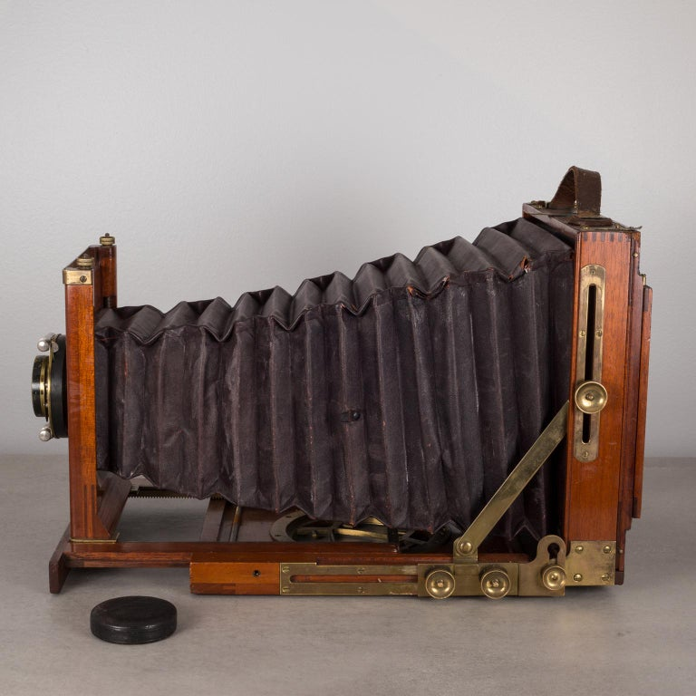Victorian Antique Mahogany and Large Brass Folding Camera, circa 1890s For Sale