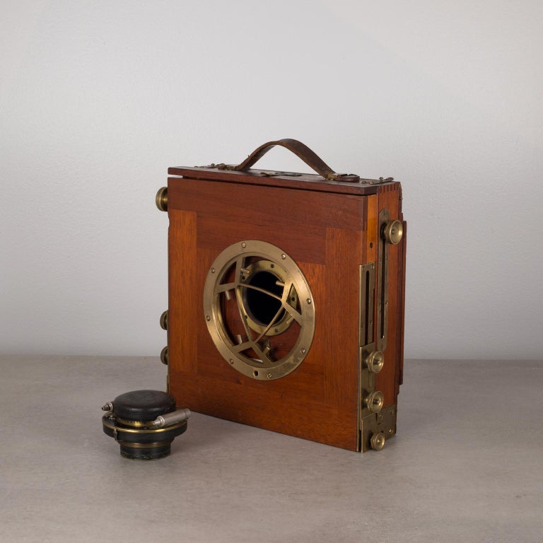 Antique Mahogany and Large Brass Folding Camera, circa 1890s For Sale 2
