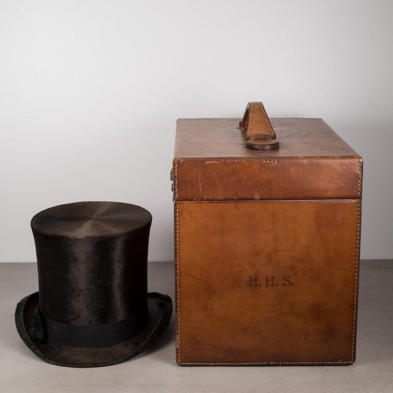 Victorian 19th Century Beaver Skin Top and Original Leather Hat Box, circa 1800s For Sale