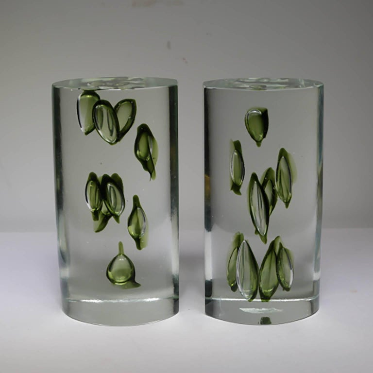 Antonio da Ros handmade glass sculptural bookends, circa 1960 Absolutely beautiful vintage 1960s bookends by noted Italian glass master Antonio da Ros. This matching pair measures 4