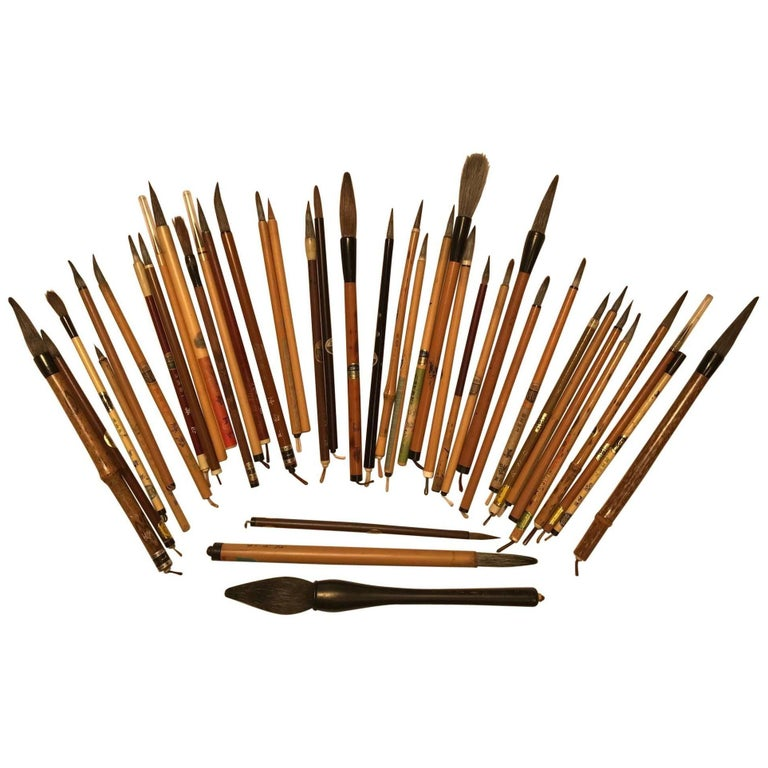Artisan's Cache of 35 Old Chinese Paint Calligraphy Bamboo Brushes For Sale