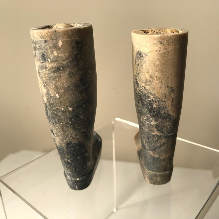 Important Ancient China Pair of Imperial Jade Leg Supports Han Dynasty For Sale 3