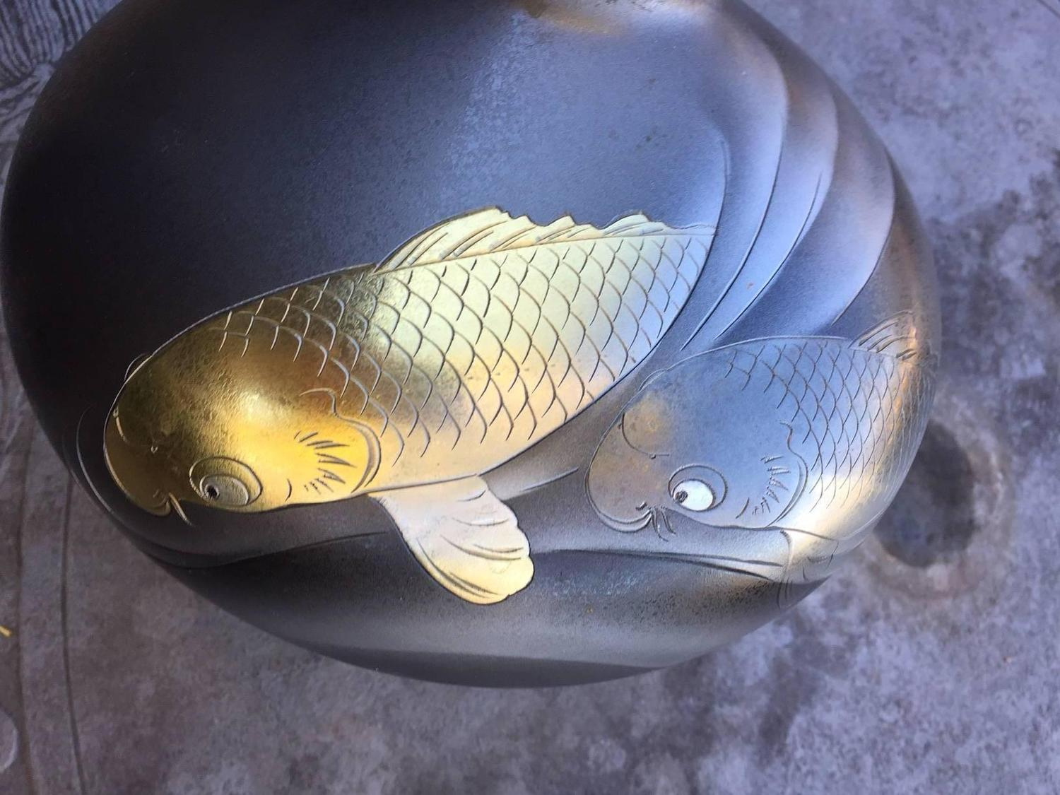 Fine signed japanese bronze double koi silver and gold for Chinese koi fish for sale