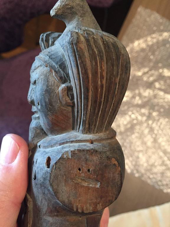 Important ancient japanese carved wood buddhist guardian