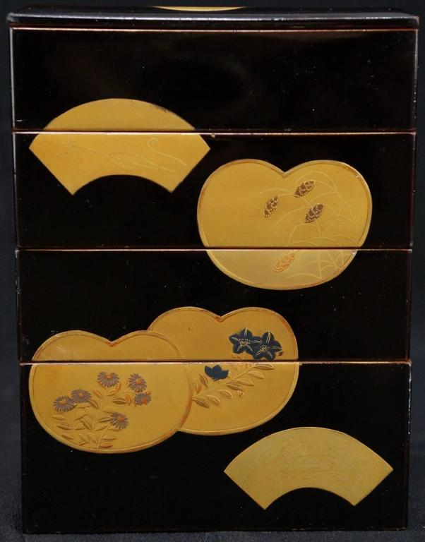 Japanese Fine Antique Hand Lacquered Complete Bento Food Box, Early 20th Century 8