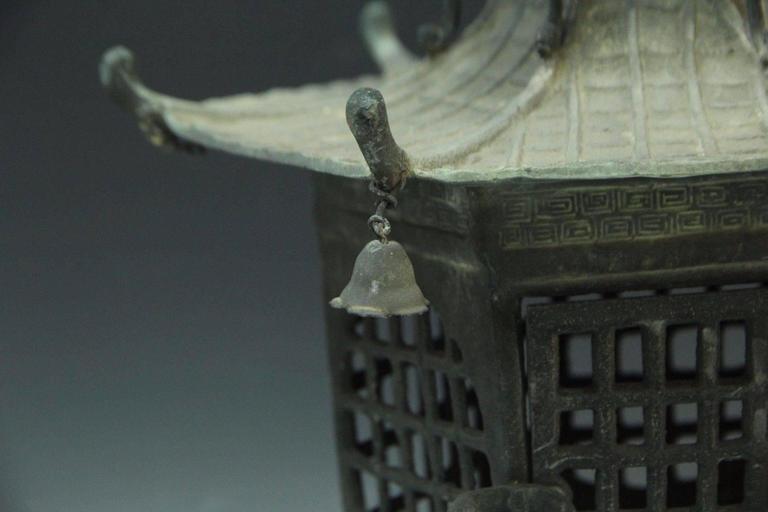 Japan Antique Bronze Lantern, Good Choice for Your Roof Top or Tea Garden 5