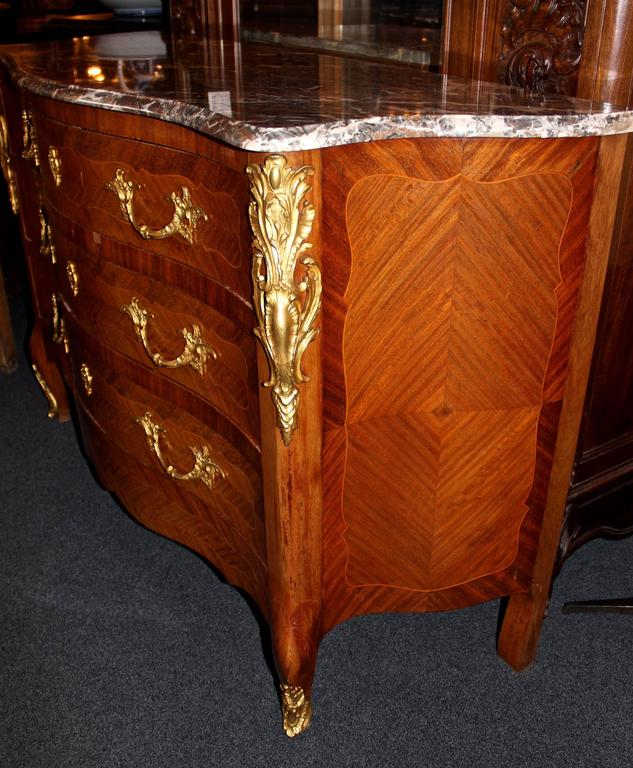 Early 20th Century French Louis XV Marble-Top Commode 6