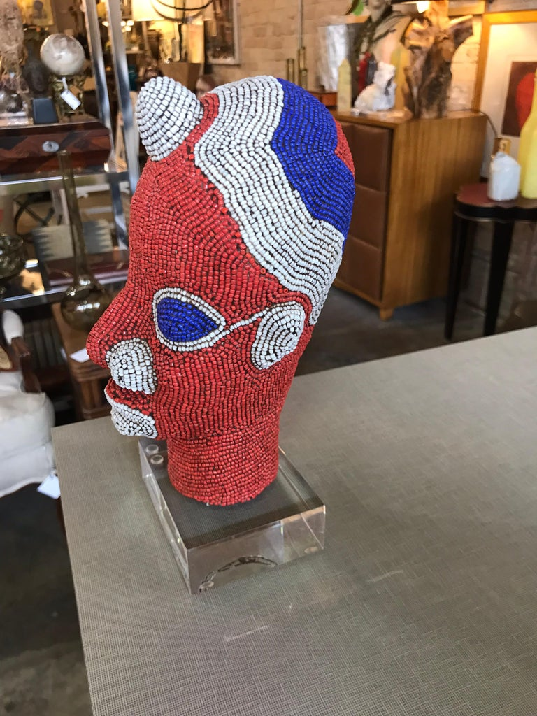 African Beaded Head from Cameroon In Excellent Condition For Sale In Chicago, IL