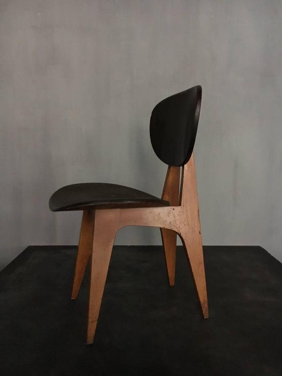 Wooden chair from the 1950s by the Japanese architect Junzo Sakakura.
