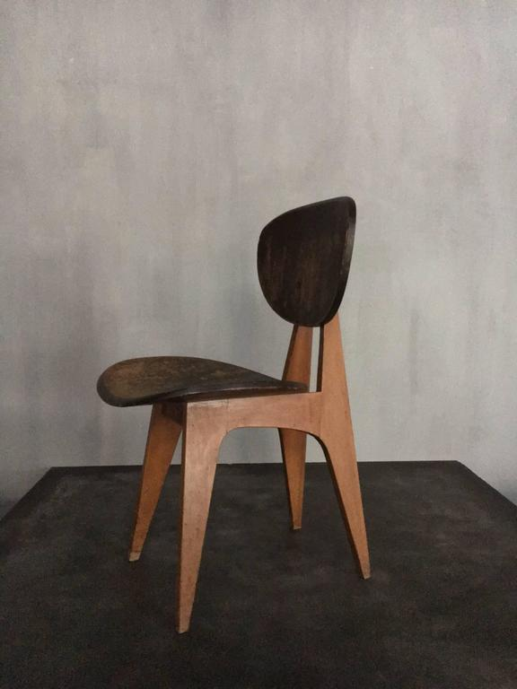 Pair of wooden chairs from the 1950s by the Japanese architect Junzo Sakakura. Sold as a pair.
