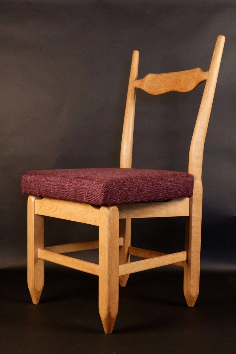 Mid-Century Modern Set of Eight Chairs by Guillerme et Chambron For Sale